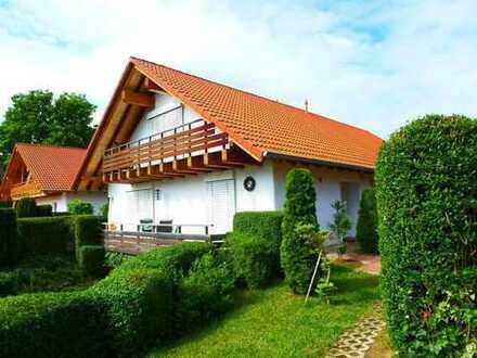 Doppelhaushälfte - modernes Wohnen mit Blick ins Grüne