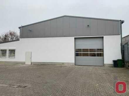 Erstbezug nach Sanierung - Neuwertige Lager,-Produktionshalle mit Büros und Stellplätzen