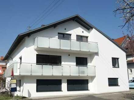 Große, sanierte 2 Zimmer-ETW im Herzen von Steinbach!!