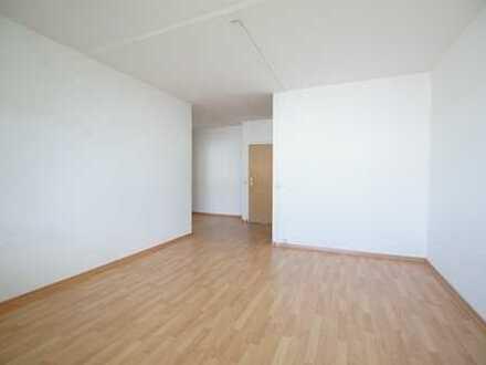 Frisch renovierte 4-Zimmer-Wohnung günstig zu vermieten!