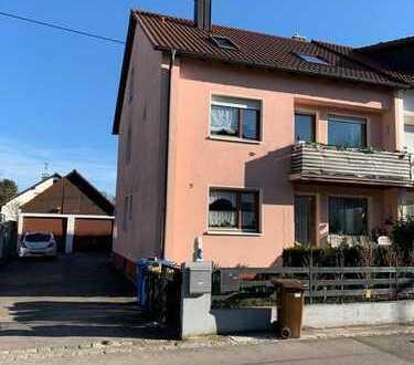 Ein-/Zweifamilienhaus mit sechs Zimmern in Aichach-Friedberg (Kreis), Kissing