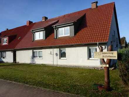 Vier Kilometer bis zur Ostsee ! Eine Immobilie mit Potential und schönem Grundstück