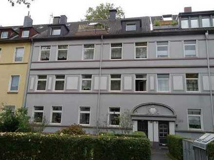 Preiswerte, gepflegte 3-Zimmer-Wohnung mit EBK in Essen