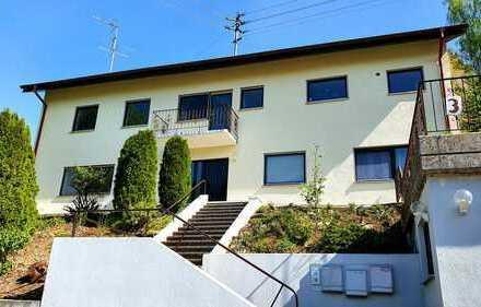 Renovierte 3-Zimmer-DG-Wohnung mit Balkon und Einbauküche in Bad Mergentheim