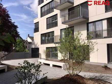 Exklusiver Neubau: gehobene Büro- oder Praxiseinheit im Pontviertel!