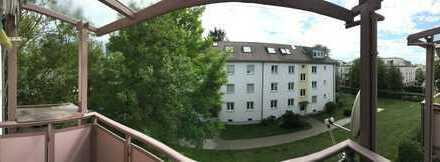 Gepflegte 3-Zimmer-Wohnung mit Balkon und Einbauküche in Untermenzing, München