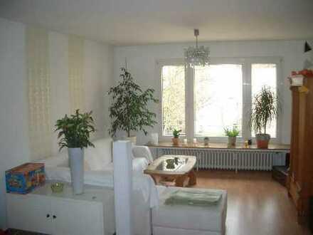 Sonnige Wohnung mit Balkon - begehrte Lage!