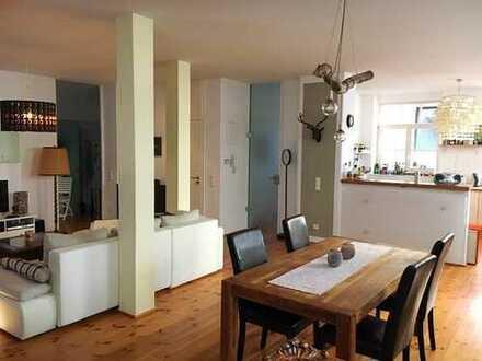 1.216 €, 99 m², 2 Zimmer