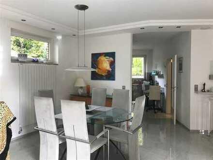 Große Wohnung mit viel Luxus und Stil in exponierter Lage von Bielefeld