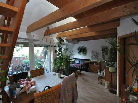 Gemütliche Maisonette Wohnung mit Balkon und 2 PKW Stellplätzen