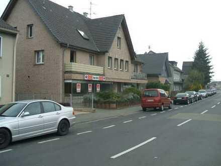 Gepflegte 3-Zimmer-Wohnung mit Balkon in Godorf, Köln