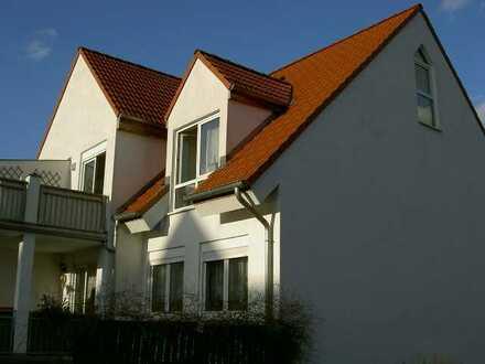 Exklusive, neuwertige 3-Zimmer-Maisonette-Wohnung mit Balkon und EBK in Ahrensfelde