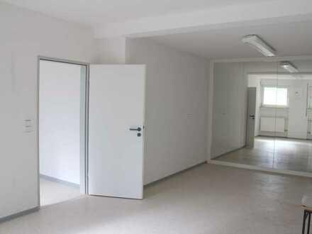 *Freundliche Gewerberäume über 2 Etagen im Zentrum von Hermeskeil mit eigenen PKW Stellplätzen*