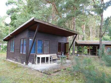 2 Ferienbungalows auf großem Grundstück in der Rheinsberger Seenlandschaft