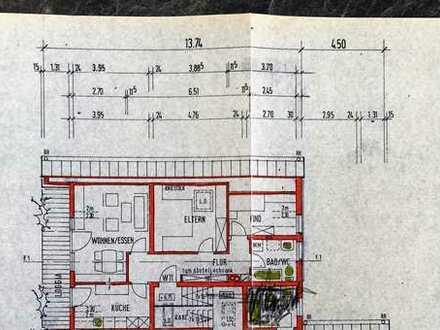 Gepflegte 3-Raum-Dachgeschosswohnung mit Balkon und Einbauküche in Eisingen