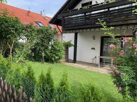 Jetzt zugreifen - Attraktives 2-Familienhaus in bevorzugter Wohnlage