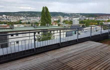 Helle 4 Zimmer-Penthouse-Wohnung mit Blick über Stuttgart