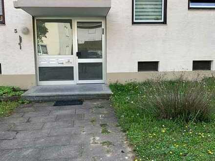 Gepflegte Wohnung mit zweieinhalb Zimmern sowie Balkon und EBK in Boxberg