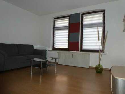 Möblierte vollständig renovierte 1,5 Zimmer-Erdgeschosswohnung mit EBK und Bad in Herne