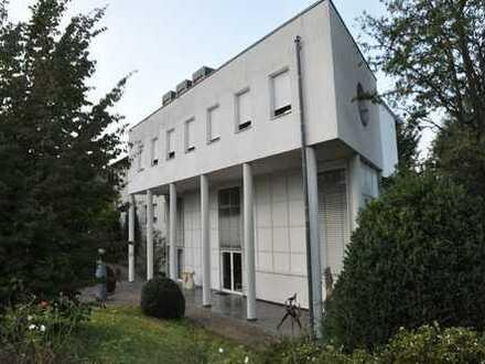 Bürogebäude ca. 290 m² - 810 m² - zu vermieten