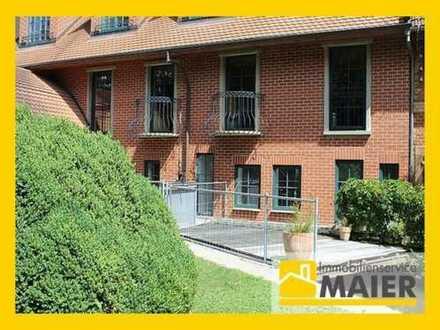 Hier lässt es sich leben! Großzügige 2,5 Zimmer Einliegerwohnung mit Terrasse!