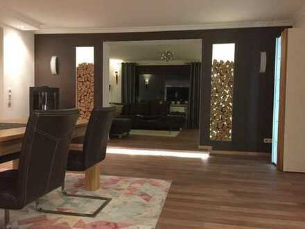 1.100 €, 155 m², 4 Zimmer