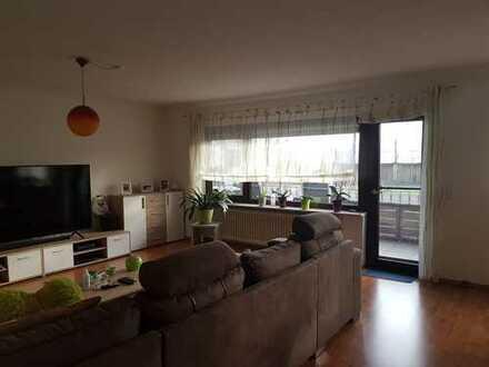 Gepflegte 3-Zimmer-Wohnung mit Balkon und EBK in Langenselbold
