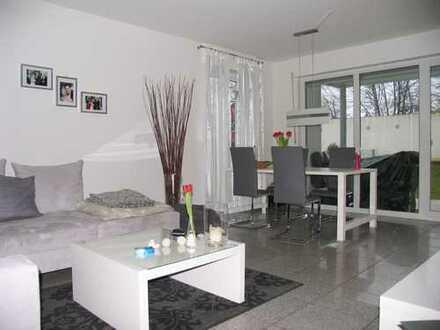 Schöne Wohnung mit Terrasse in Merkstein unmittelbar am Grube-Adolf-Park gelegen.