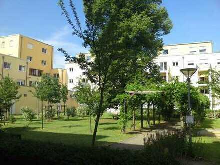 Besichtigung Mo. 16.12.2019 um 17.00 Uhr - Friedrichshagen - 2 Zi.-Wohnung mit Dachterrasse - 61 qm
