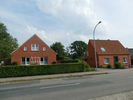 2 Wohnhäuser mit Reitplatz, Stallungen und ca 2 ha Weideland VHB