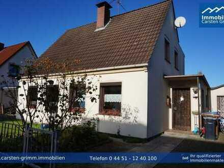 Sanierungsbedürftige Doppelhaushälfte zentral in Varel !