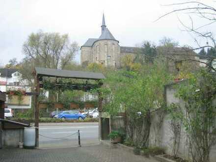 MFH im Jugendstilhaus,voll vermietet, saniert, mit Baufeld zur Erweiterung