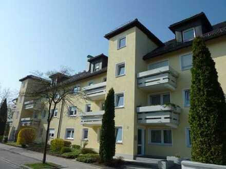 4 Zi Wohnung zentral, hell und ruhig mit 2 Balkonen