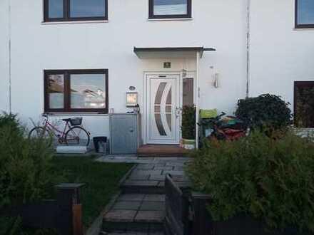 Schönes 3-Zimmer-Reihenhaus mit EBK in Benediktbeuern, Benediktbeuern