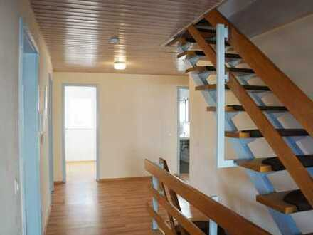 Helle 5-Zimmer Maisonette-Wohnung in Tauberfeld