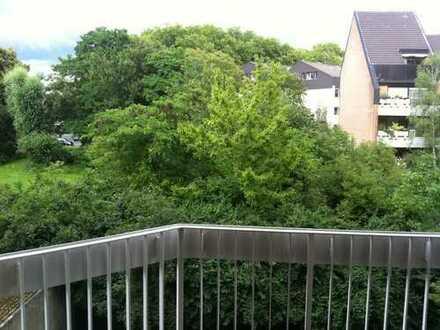 Lichtdurchflutete Wohnung in Marienburg...*Balkon*Einbauküche*