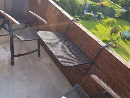 Gepflegte 3-Raum-Wohnung mit Balkon und Einbauküche in bevorzugter Wohnlage in Emden Wolthusen