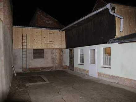 350 €, 60 m², 2 Zimmer