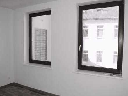 Schöne vier Zimmer Wohnung mit Balkon und offener Küche in Halle (Saale), Nördliche Innenstadt