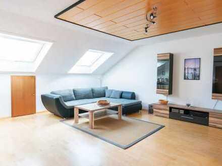 Große Dachgeschosswohnung in Hohenwart - viel Platz für Ihre Familie!!!