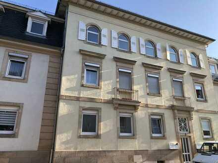 Schöne helle 5-Zimmer-Altbau-Wohnung in Neustadt an der Weinstraße