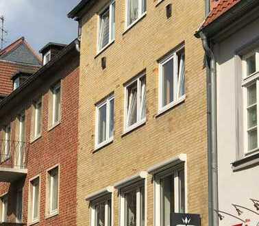 """Renovierte drei Zimmer Mietwohnung im Helmstedter Stadtkern """"Neumärker Straße"""""""