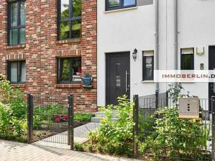 IMMOBERLIN: Fast NEU! Townhouse mit Südgarten & -terrasse
