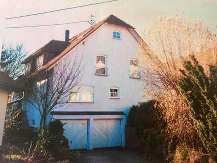 Schöne 3,5-Zimmer-Erdgeschosswohnung mit Terrasse und Wintergarten und EBK in Berglen