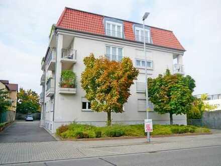 RESERVIERT ! Helle 3 ZKB Wohnung mit Südost- Balkon und Carport in Landau in der Pfalz