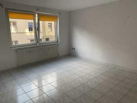 Gemütliche Single-Wohnung im 1. OG in gepflegtem Mehrparteienhaus