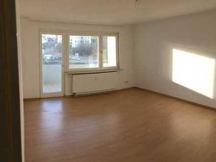 Stadtnahe 3-Zimmer-Wohnung mit Balkon, neuer EBK und Aufzug