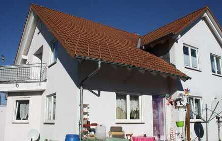 3-Zimmerwohnung mit Terrasse u. Gartenanteil -vermietet