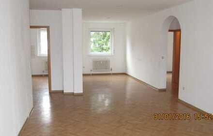Gepflegte 3 Zimmerwohnung mit Balkon in KL-Bännjerrück