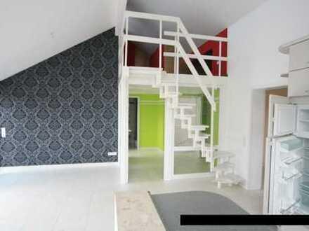 Schöne,helle 3,5 Zi.-DG-Wohnung mit Galerie und Loggia